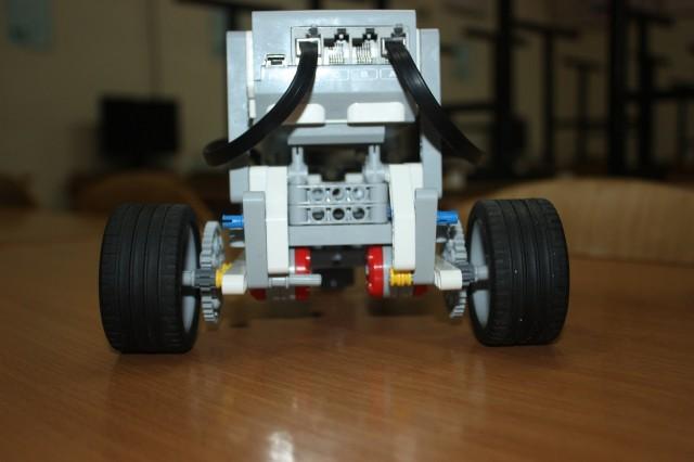 Робот с редуктором